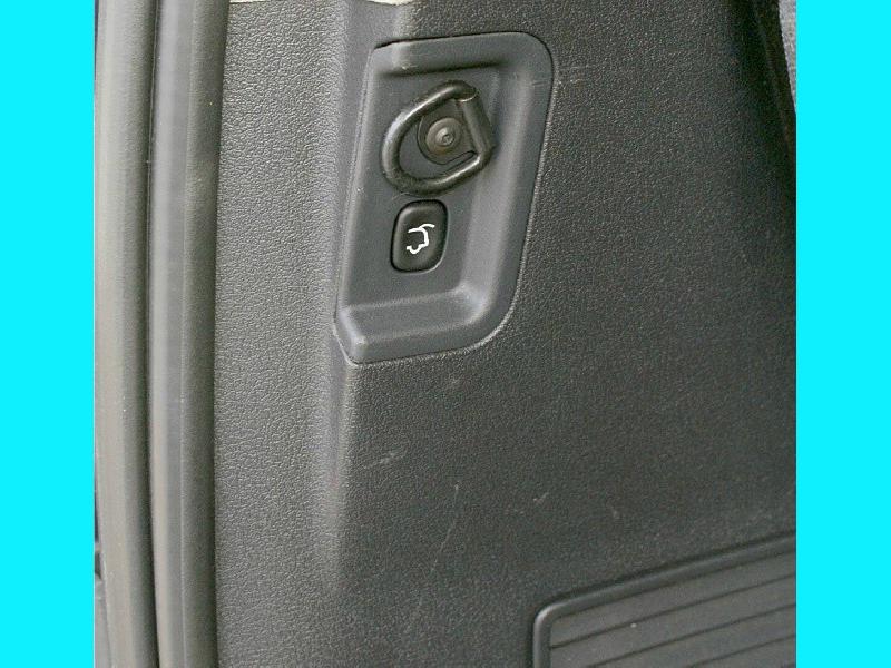 Jeep Commander 2008 price $10,995