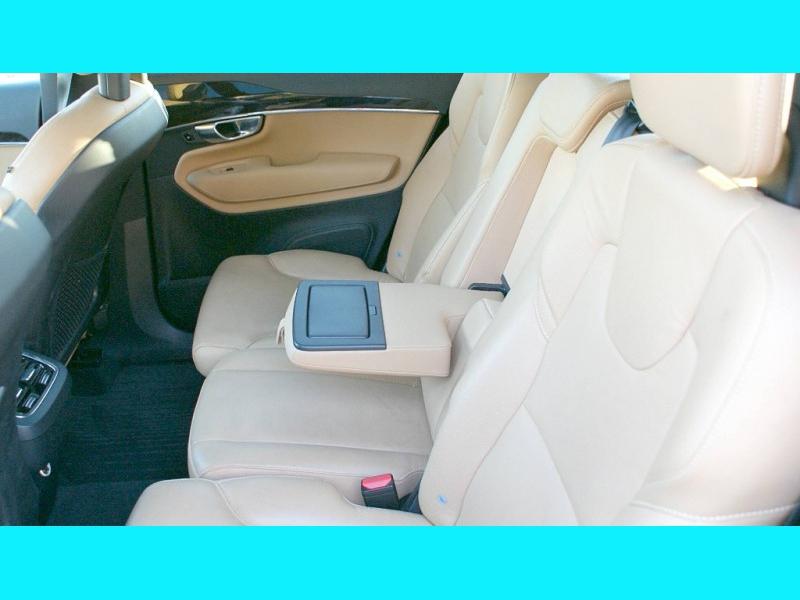Volvo XC 90 2018 price $37,995