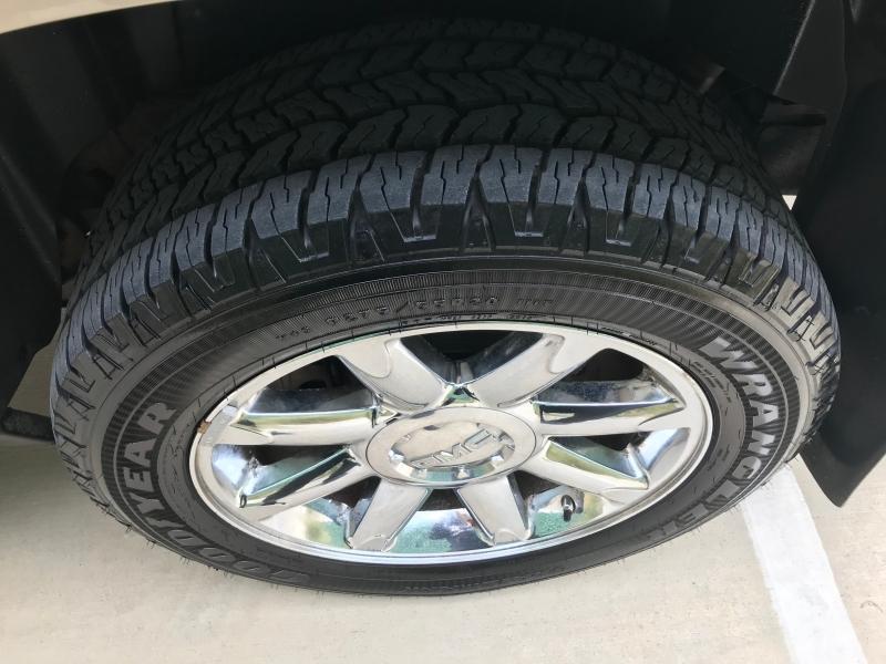 GMC YUKON XL 2008 price $9,999