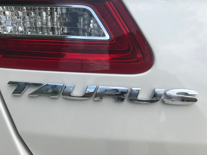FORD TAURUS 2015 price $14,999