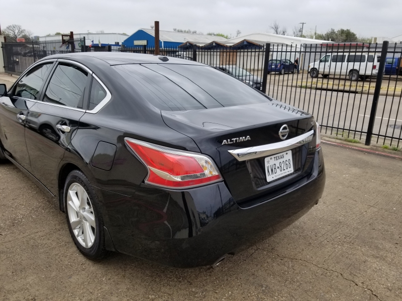 Nissan Altima 2015 price $7,499 Cash
