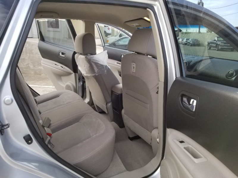 Nissan Rogue 2009 price $4,500