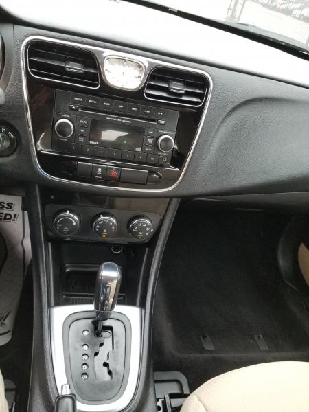 Chrysler 200 2014 price $4,999