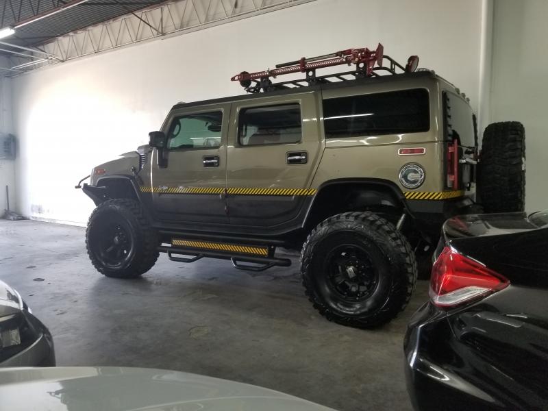 Hummer H2 2005 price $25,000