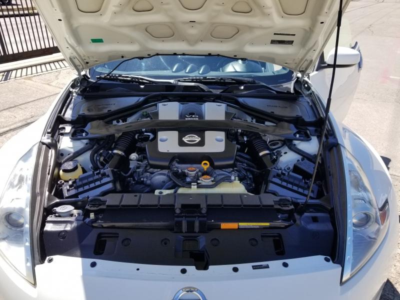 Nissan 370Z 2012 price $9,999 Cash