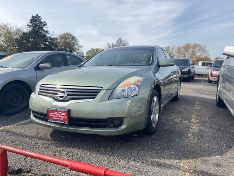 Nissan Altima 2008 price $995 Down