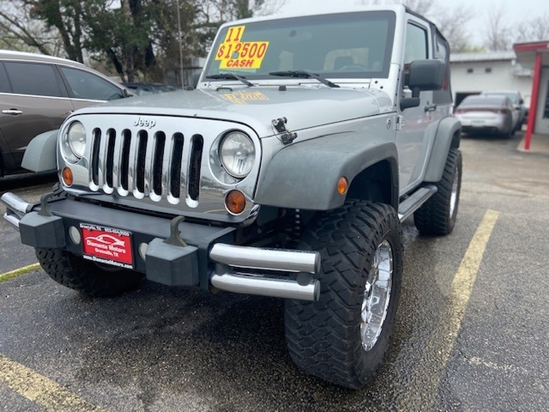 Jeep Wrangler 2011 price $10,500 Cash