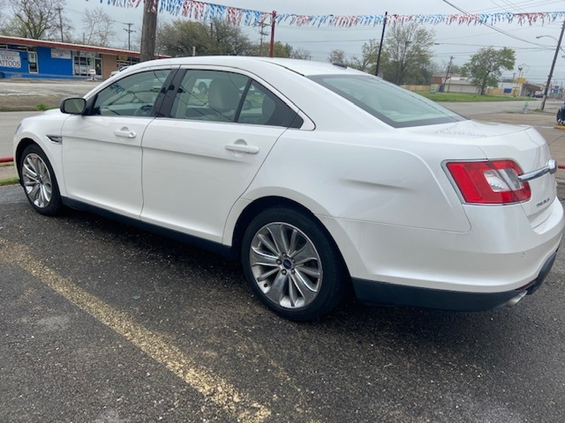 Ford Taurus 2012 price $1,400 Down