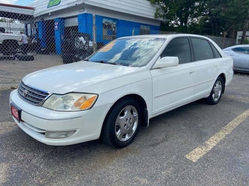 Toyota Avalon 2004 price $800 Down