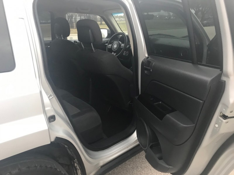 JEEP PATRIOT 2011 price $4,995