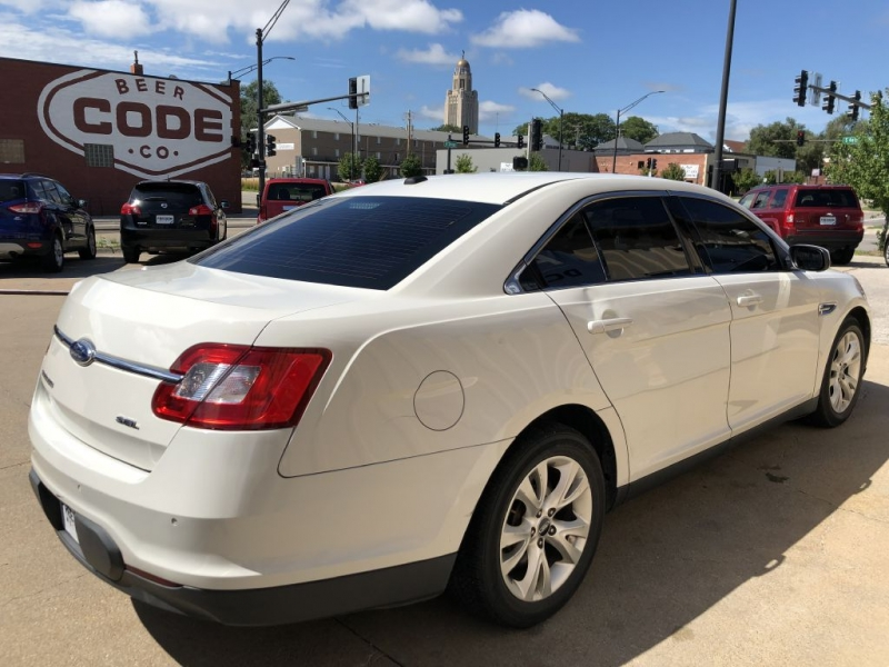 FORD TAURUS 2011 price $4,950