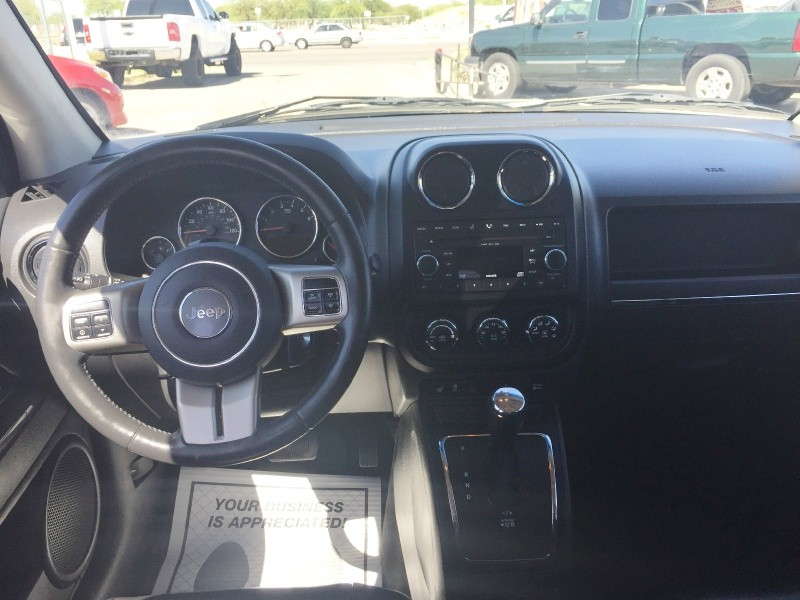Jeep Compass 2011 price $7,495