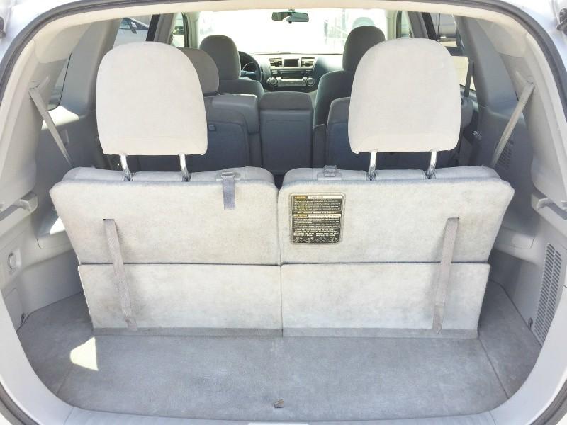 Toyota Highlander 2012 price $11,495