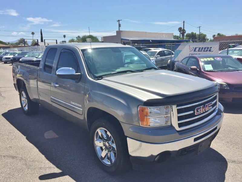 GMC Sierra 1500 2013 price $16,495
