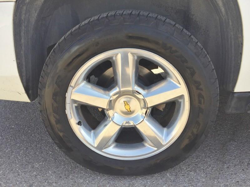 Chevrolet Suburban 2010 price $8,995