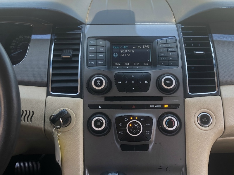 Ford Taurus 2013 price $6,000