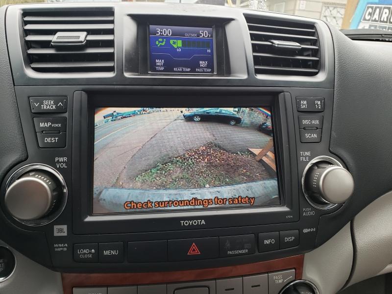 Toyota Highlander 2010 price $10,795