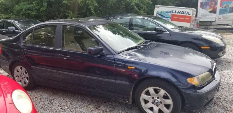 BMW 325 2004 price $1,901