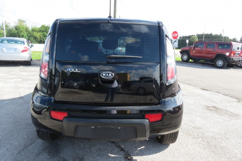 KIA SOUL 2011 price Call for Pricing.
