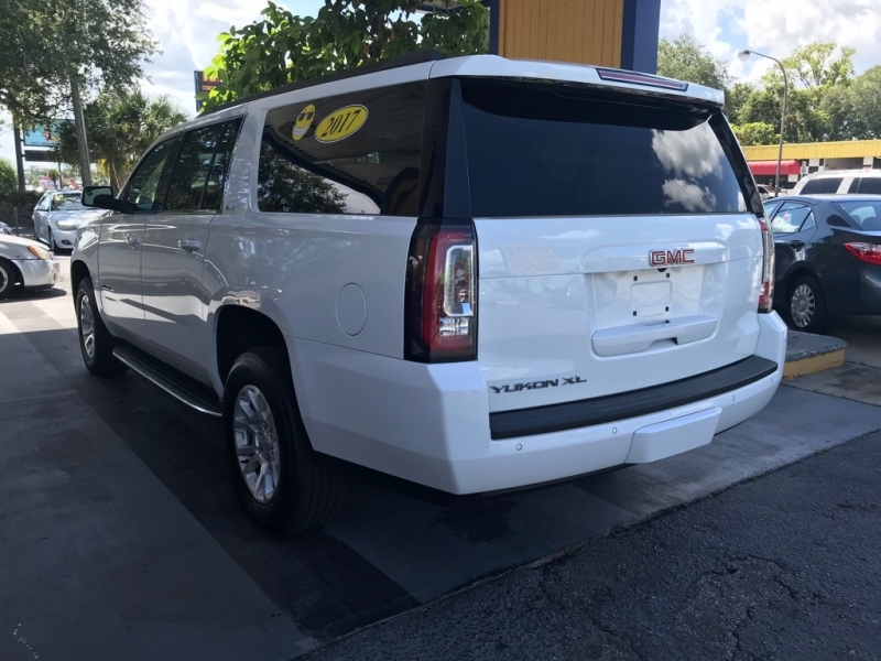 GMC YUKON XL 2017 price $34,999