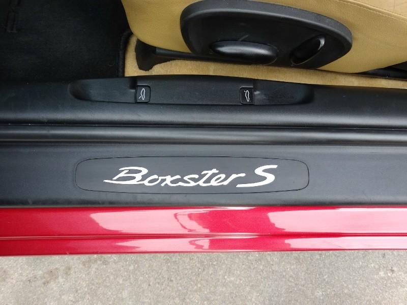 Porsche Boxster 2001 price $15,995