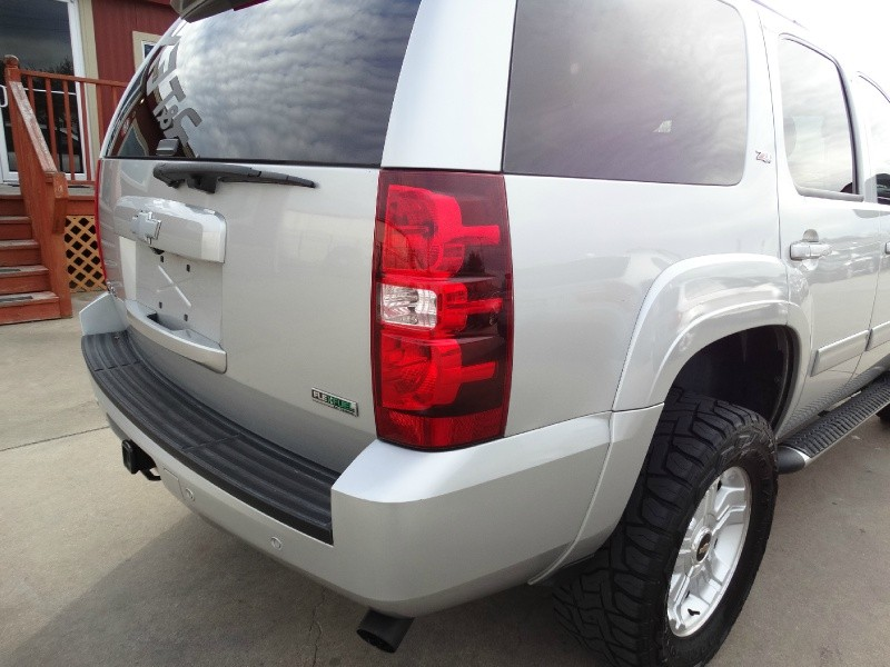 Chevrolet Tahoe 2011 price $17,995