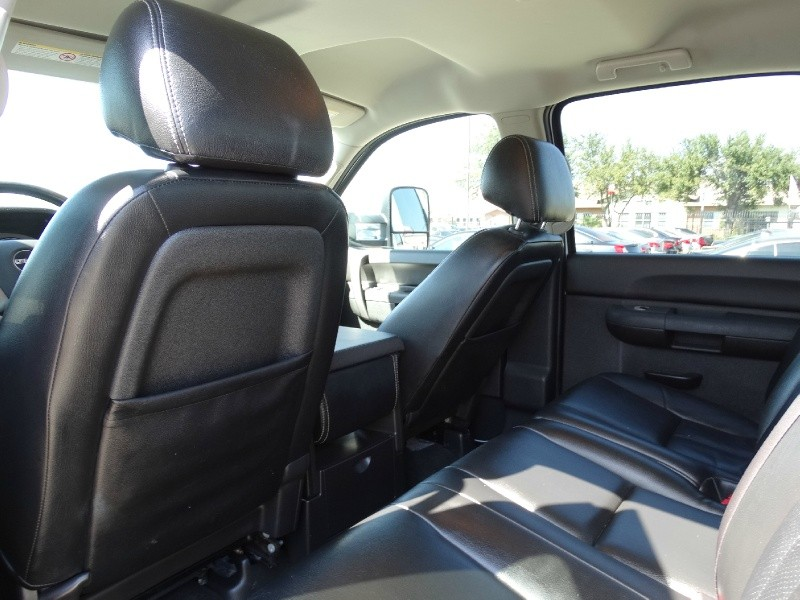 GMC Sierra 2500HD 2012 price $30,995