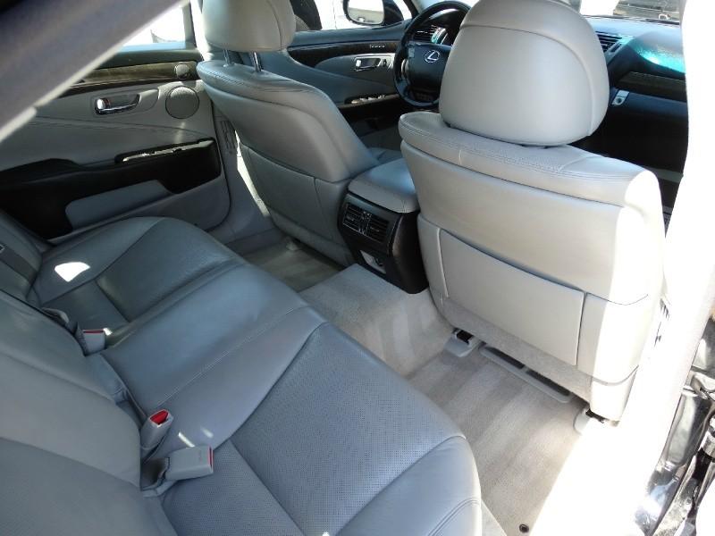 Lexus LS 460 2008 price $11,495