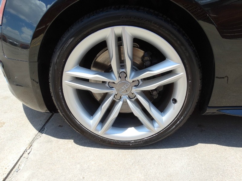 Audi S5 2010 price $14,995