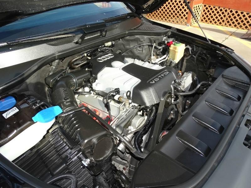 Audi Q7 2013 price $21,995