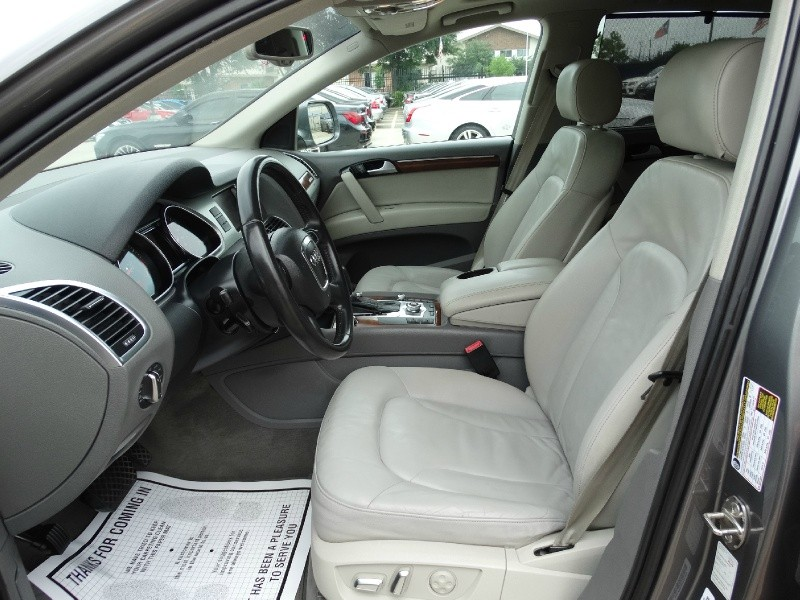 Audi Q7 2011 price $14,995