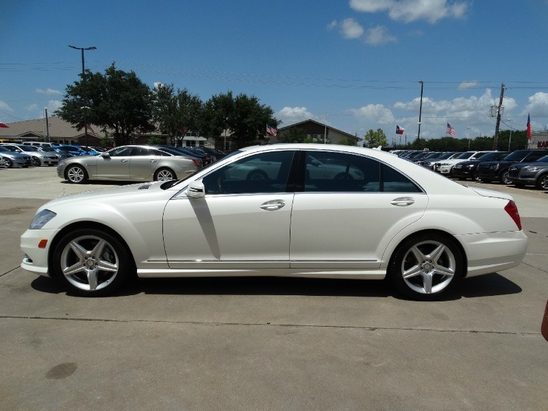 Mercedes-Benz S550 2010 price $17,995