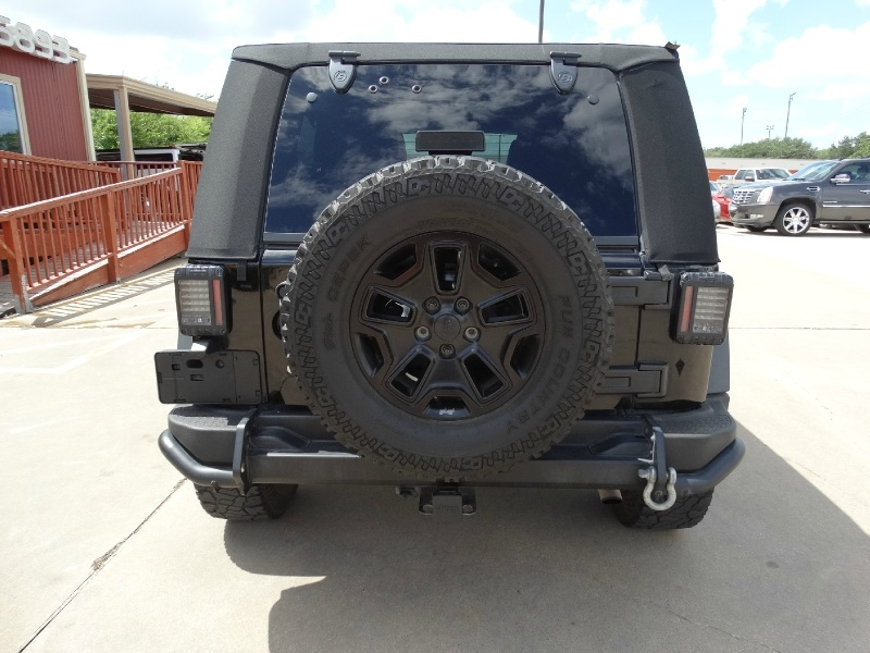 Jeep Wrangler Unlimited 2013 price $21,995