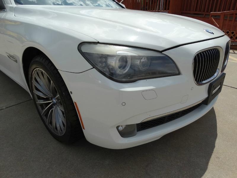 BMW 7-Series 2011 price $12,995