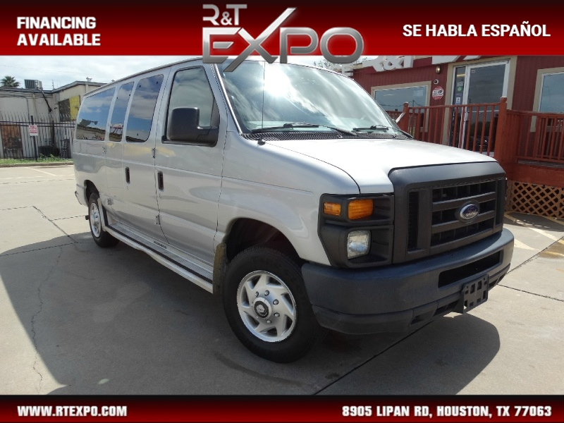 Ford Econoline Wagon 2012 price $10,995