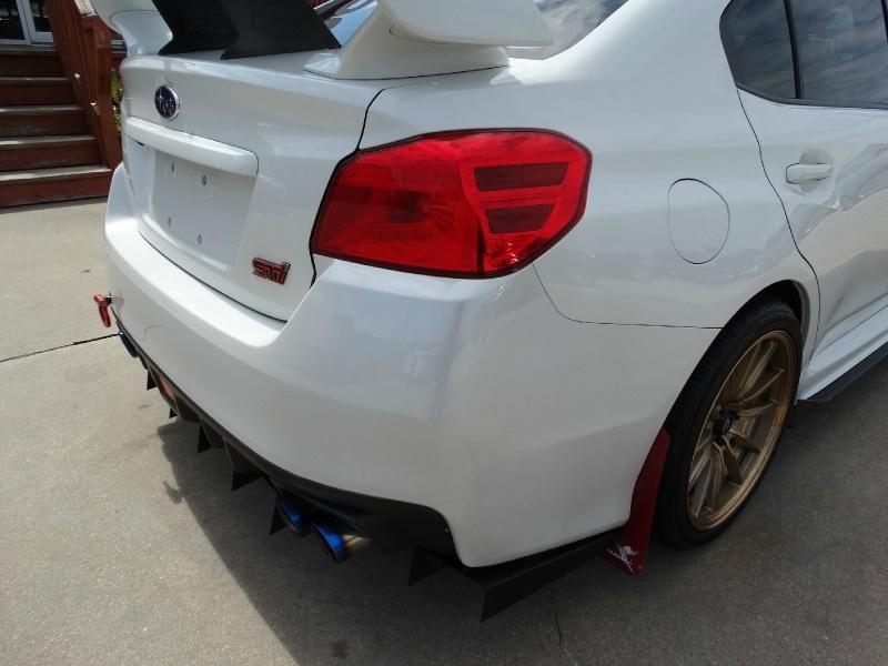 Subaru WRX STI 2015 price $28,995