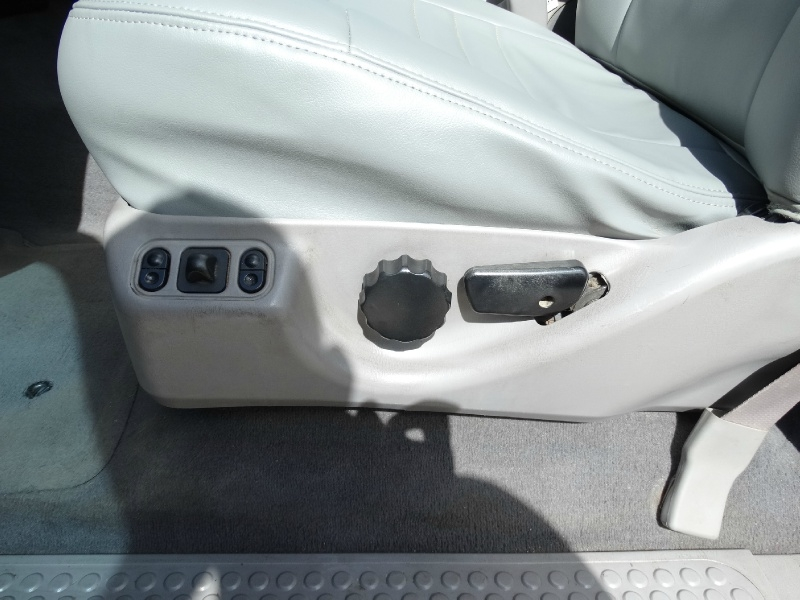 Ford Super Duty F-350 DRW 2001 price $12,995