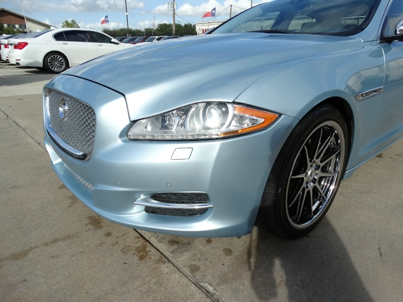 Jaguar XJ 2012 price $16,995