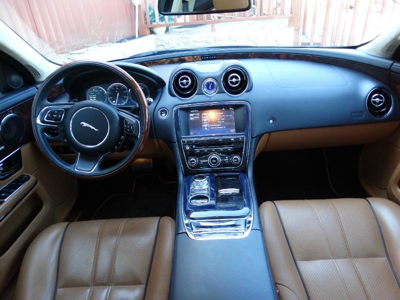 Jaguar XJ 2011 price $18,995