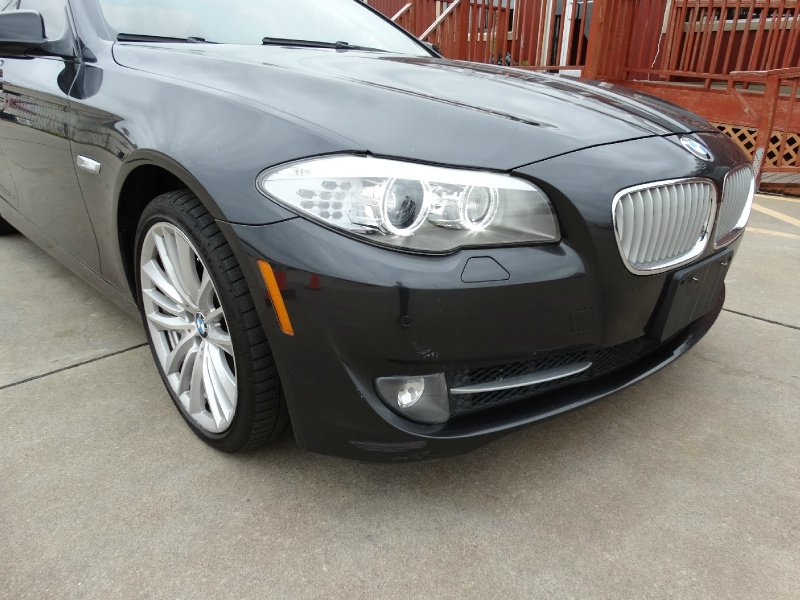 BMW 5-Series 2011 price $10,995