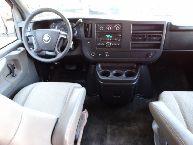 Chevrolet Express Passenger 2008 price $12,995