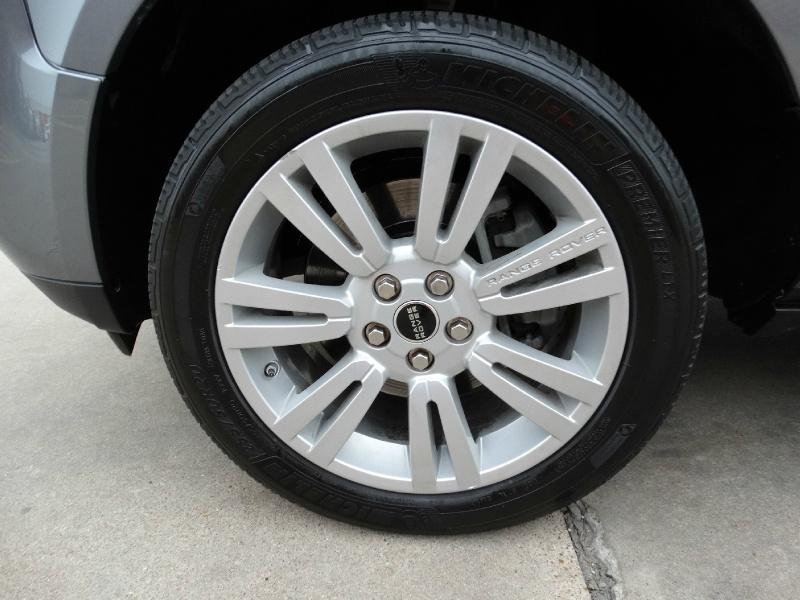 Land Rover Range Rover 2012 price $18,995