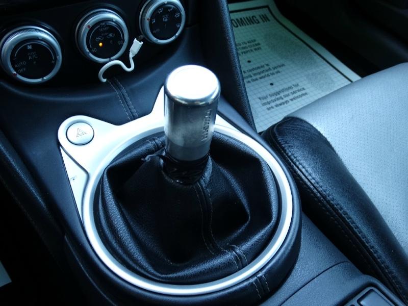 Nissan 370 Z 2012 price $15,995