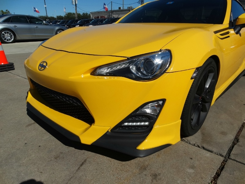 Scion FR-S 2015 price $14,995