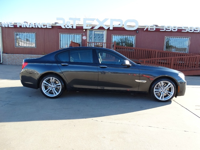 BMW 7-Series 2012 price $16,995
