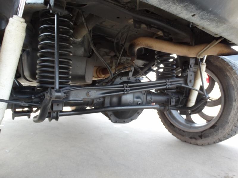 Hummer H2 2003 price $12,995