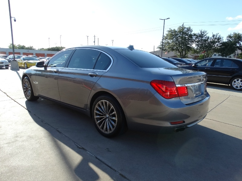 BMW 7-Series 2011 price $14,995