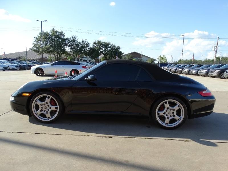 Porsche 911 2006 price $29,995