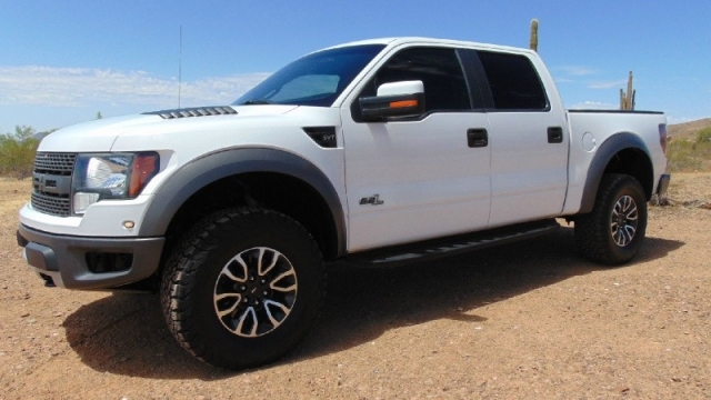 2012 Ford F150 4WD Supercrew SVT Raptor