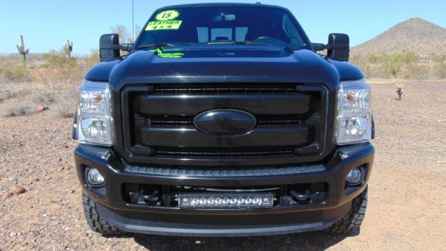 2015 Ford F-250 4WD Super Duty Lariat Crew Cab Lifted